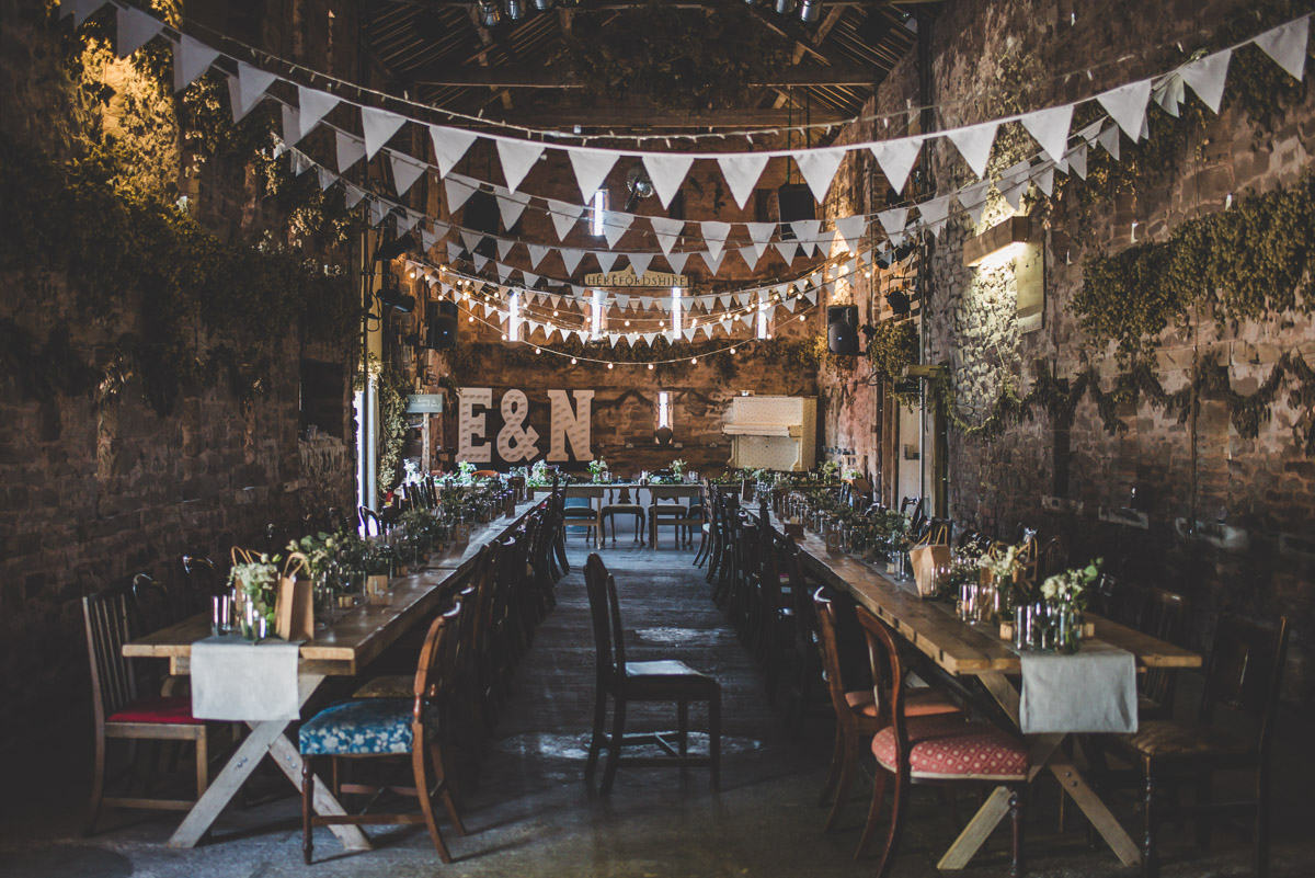 Lyde court wedding decor